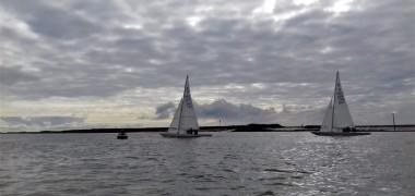 Dragons- Light Airs Sailing